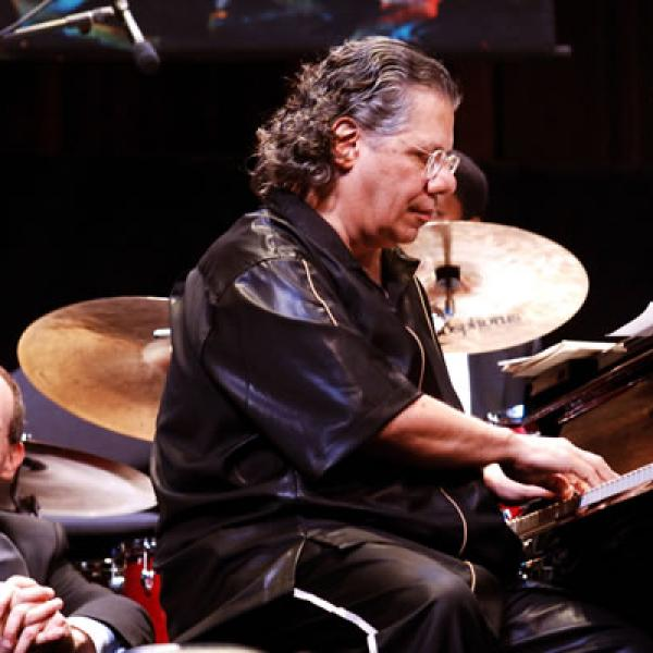 Chick Corea at the 2006 awards concert. Photo by Tom Pich