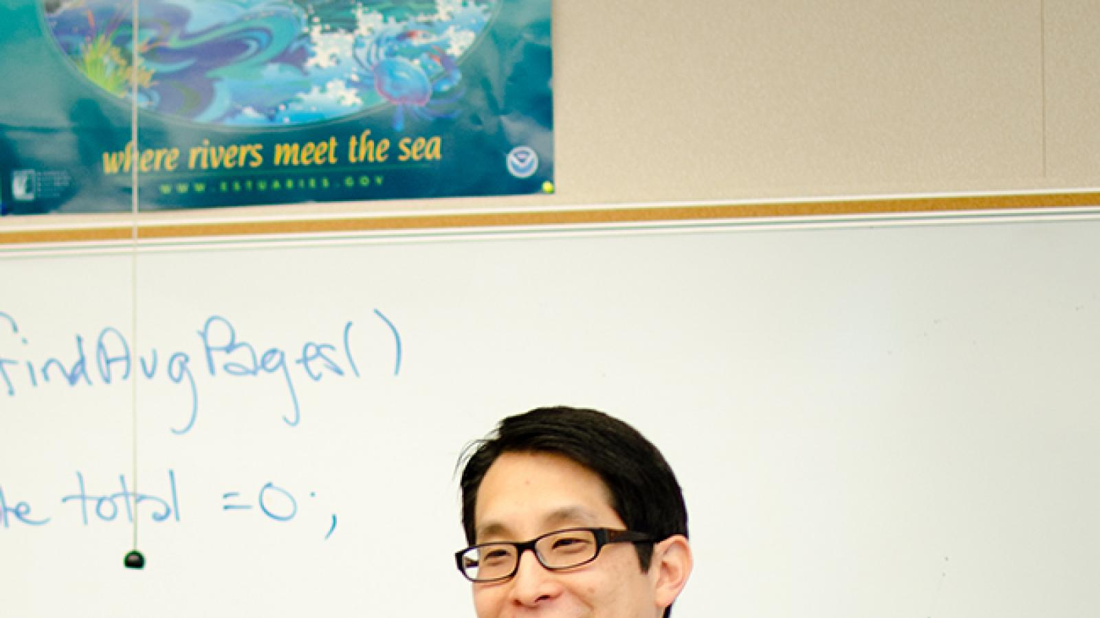 Gene Luen Yang in classroom teaching.
